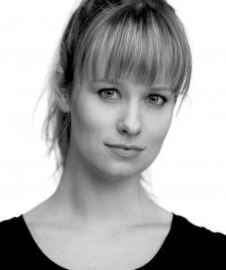 Holly McFarlane Headshot